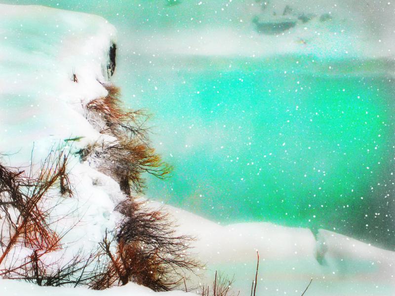Snow_niagara_falls_3